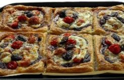 HOW TO MAKE Puff Pastry Tarts cheese tomatoes & Kalamata Olives